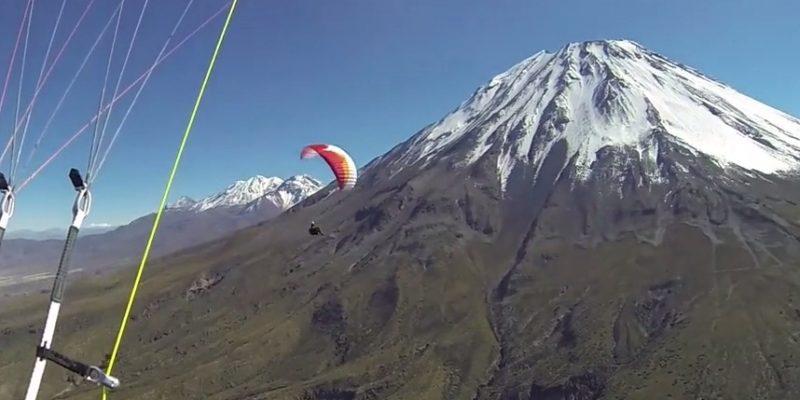 Альпинизм и парапланеризм — вулкан Эль-Мисти в Перу.